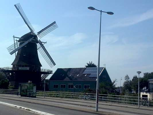 Amsterdam i canali ed il museo van Gogh