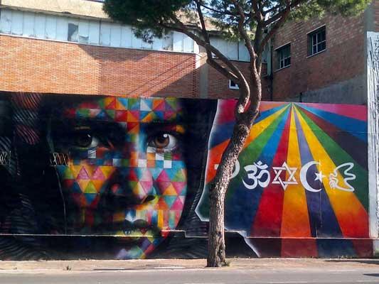 Fotografie arte dei murales con i muri di roma for Immagini di murales e graffiti