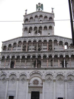 Torri san Gimignano Lucca città